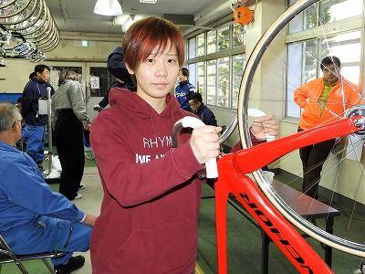【赤髪の選手!】ガールズケイリン川田ひな選手を徹底考察!評価、評判、口コミ、検証まとめ